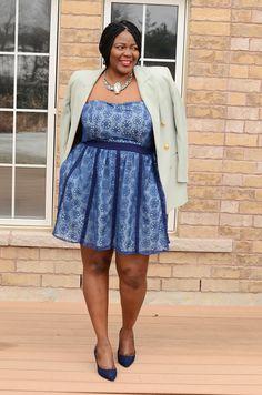 Plus size fashion for women . Eshakti Plus size sidney dress.