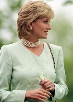 September 4, 1996: Diana, Princess of Wales & Northwestern University President Henry S. Bienen in Evanston, IL. Diana, Princess of Wales is on a visit to raise money for breast cancer research.