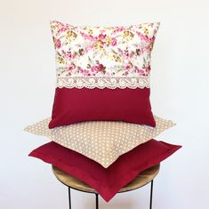 Refresh your country interior or terrace with this stunning collection of summer throw pillow covers. 4 sizes