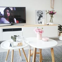 Coffee time ☕ En even netflixen (pretty little l)..... Fijne middag 😙 #home #myhome #myhome2inspire #instahome #instaliving #interior #interiors #interiorstyling #interior4u #interior4all #interior4you #interior2you #interior2all #interior2 #interior2u #interior2love #flair_nl #flowers