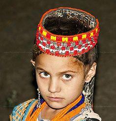 INNOCENCE OF KALASH Kalash People, Hindu Kush, Pakistan Zindabad, Beauty Around The World, Alexander The Great, Light Hair, Central Asia, People Of The World, Culture