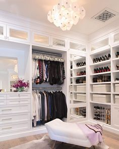Walk In Closet Ideas - Trying to find some fresh ideas to renovate your closet? Visit our gallery of leading luxury walk in closet design ideas and photos. Wardrobe Closet, Bedroom Closet Design, Room Design, House Interior, Master Bedroom Closet, Home, Interior, Closet Decor, Closet Bedroom