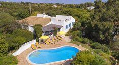 Villa Torre de Cima - Situated in peaceful area