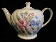Antique Vintage Sadler Teapot England floral and fluted Tea Cup Saucer, Tea Cups, Vintage Crockery, Stoke On Trent, Tea Service, Earthenware, Teapots, Flower Vases, Flute