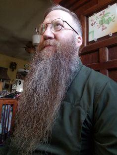Hairy Men, Bearded Men, Long Goatee, Epic Beard, Long Beards, Beard Love, Male Face, Folk, Guys