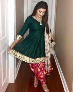 FatimaBi Plus size Patiala Salwar Indian Engagement Partywear Green Shalwar Suit Pakistani Dress Design, Pakistani Outfits, Indian Outfits, Dress Indian Style, Indian Dresses, Indian Attire, Indian Wear, Indian Suits Punjabi, Kurta Designs