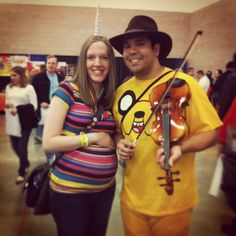 Adventure Time Pregnant Lady Rainicorn and Jake the dog/dad cosplay at the Dallas Scifi Expo 2013 Photo by cherrykittenbomb Pregnant Lady, Jake The Dogs, Nerd Love, Cosplay Ideas, Funny Cute, Adventure Time, Dallas, Sci Fi, Geek Stuff