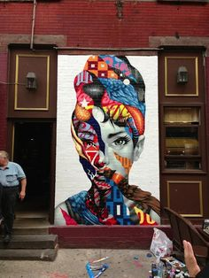 Brooklyn-based Tristan Eaton recently created this eye-catching mural, entitled Audrey Hepburn, along the streets of Little Italy in New York City.