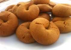 """Our very best recipe for cinnamon cookies; very easy to make and easier to """"disappear""""! Amazingly crunchy and scented with the aromas of red wine, cinnamon and grounded clove. These are of those cookies you can't just have only one! Greek Sweets, Greek Desserts, Greek Recipes, Italian Recipes, Greek Cookies, Almond Cookies, Wine Cookies, Orange Cookies, Koulourakia Recipe"""