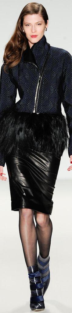LOOKandLOVEwithLOLO: NYFW SONBAHAR 2014 Ready-To-Giyim Pamella'nın Roland Featuring