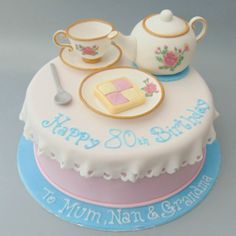 Marvelous Picture of Birthday Cakes For Women . Birthday Cakes For Women Birthday Cakes For Men And Women Elegant Birthday Cakes, Birthday Cakes For Men, 80th Birthday Party Decorations, Image Birthday Cake, 9th Birthday Cake, Beautiful Birthday Cakes, Birthday Cake Decorating, Tea Party Birthday, Birthday Woman