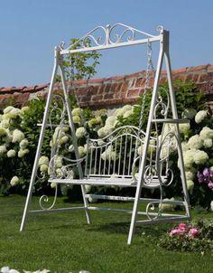 Sleepers In Garden, Yard Swing, Swing Seat, Vertical Garden Design, Vertical Bar, Garden Furniture Design, Garden Yard Ideas, Backyard Retreat, Backyard Fences