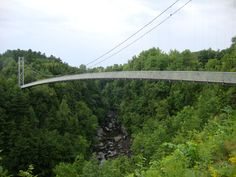 Guinness Record: The longest suspended footbridge in the world, Coaticook, Quebec Voyager Loin, O Canada, Guinness, Voici, Montreal, Events, Spaces, Vacation, World
