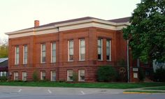 Le Mars Public Library in Plymouth County, Iowa.