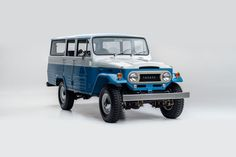 The FJ Company Did A Beautiful Job On This Classic Toyota Land Cruiser [60 Pics]