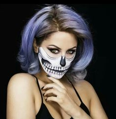 skull look for halloween by chrispy makeup - Chrispy Halloween