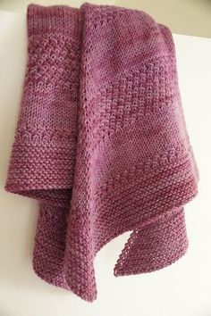 Free Pattern: Textured shawl by orlane