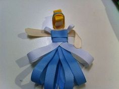 Finally, a tutorial for how to make princess hairbows!