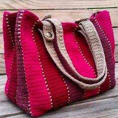 Ravelry: Timeless tote pattern by Holly Ferrier Crochet Tote, Crochet Handbags, Love Crochet, Single Crochet, Knit Crochet, Crochet Pattern, Bag Pattern Free, Bag Patterns To Sew, Tote Pattern