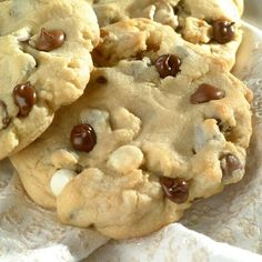 Jumbo 3-Chip Cookies (Easy; 2 dozen cookies) #chocolate chip #cookies