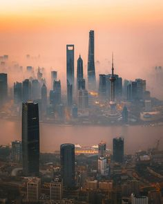 Top 10 photos of Shanghai 🌆🏙🌆🏙🌆🏙🌆 Shanghai, I think it is the most beautiful city in China, with the most beautiful skyline, beautiful day… Cityscape Photography, Sunrise Photography, City Photography, Cinematic Photography, Amazing Photography, Vacations To Go, Vacation Trips, Shanghai Tower, Shanghai City