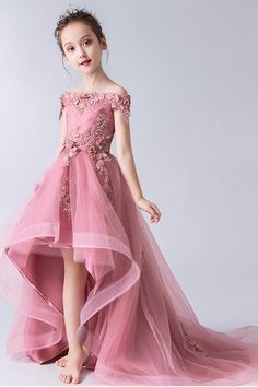 Buy High Low Gorgeous Off the Shoulder With Lace Appliques Sleeveless Tulle Flower Girl Dresses in uk. Find the perfect flower girl dresses at Wikiprom. Our flower girl dresses come in a variety of styles & colors including lace, tulle, purple & gold Cheap Flower Girl Dresses, Tulle Flower Girl, Tulle Flowers, Wedding Flower Girl Dresses, Girls Dresses, Flower Girls, Lace Applique, Ladies Dress Design, Dream Dress