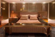 Camas ilhas - veja layouts de quartos com a cama no meio do ambiente! - Decor…