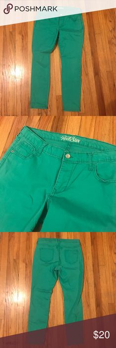 """Old Navy Rockstar Skinny Jeans Mint green skinny jeans just in time for the holidays.  Colored jeans are my favorite because you can get away with wearing them at work!  😜. Gently used but well cared for--no rips or stains.   Waist is 16"""" and length of pant is 36"""" Old Navy Jeans Skinny"""