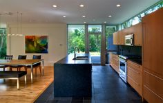 22 Kitchens in Black and Wooden Palette