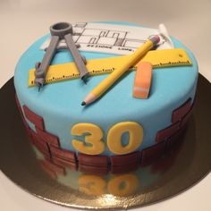 Architecture Cake, Cheesecake Cupcakes, Cakes For Men, Cookie Decorating, Fondant, Cupcake Cakes, Party Themes, Birthdays, Birthday Cake