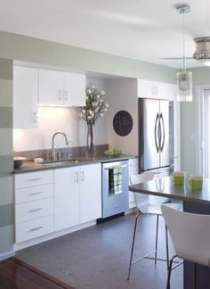 Modern Home Tiny Kitchen Design, Pictures, Remodel, Decor and Ideas - page 2