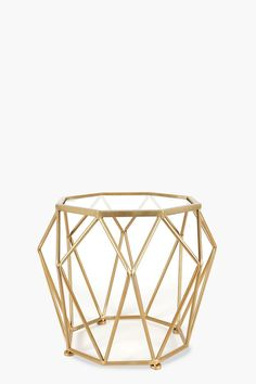This metallic geometric wire side table is perfect for a contemporary living and an urban interior setting. Metal No assembly required. Wire Coffee Table, Wire Side Table, Side Tables, Coffee Tables, Metal Furniture, Living Room Furniture, Mid Century Coffee Table, Pink Sofa, Iron Wire