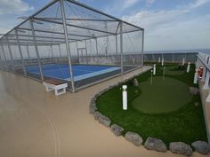 The Sports Deck features an 18-hole putting green that