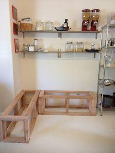 Kitchen nook with storage! DIY too!
