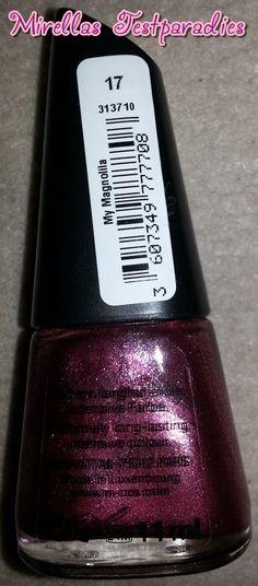 Nagellack geht immer, besonders wenn es eine so schöne Farbe ist wie die Ich 17 My Magnolia von Manhattan.