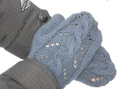 Ravelry: Hermione Loves Her Cabled Mittens pattern by Kristen Bucci