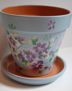 Flower Pots Flower Pot Art, Clay Flower Pots, Flower Pot Crafts, Clay Pots, Painted Plant Pots, Painted Flower Pots, Clay Pot Projects, Clay Pot Crafts, Decorated Flower Pots