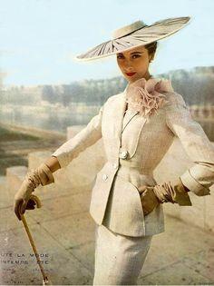 L'art et la Mode magazine, 1950s....reépinglé par Maurie Daboux ◡ً❤