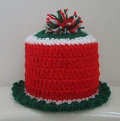 Christmas Toilet Paper Cozy - free crochet pattern