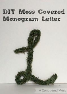 DIY Moss Covered Monogram Letter via @A Conquered Mess | #crafts #diy #homemade