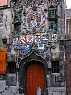 Doors ~ Gemeenlandshuis entrance ~ Delft, Netherlands // via Black Cat Studio Delft, Kingdom Of The Netherlands, Amsterdam Netherlands, The Beautiful Country, Beautiful World, Leiden, Red Light District, Beautiful Buildings, Windmill