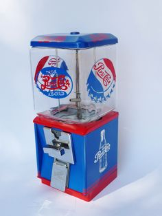 vintage Northwestern gumball machine PEPSI COLA Coca Cola, Gumball Machine, Glass Globe, Fun Drinks, Coke, Vending Machines, Soda Machines, Restoration, Vintage Stuff