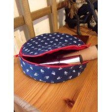Neszeszer kör Fanny Pack, Coin Purse, Lunch Box, Packing, Wallet, Purses, Bags, Hip Bag, Bag Packaging