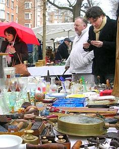 Paris Shopping: Tips for flea market success - EuroCheapo.com