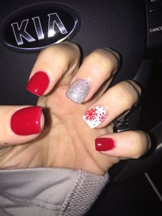 December nails #andysnails winter nails - amzn.to/2iZnRSz Luxury Beauty - winter nails - #ad