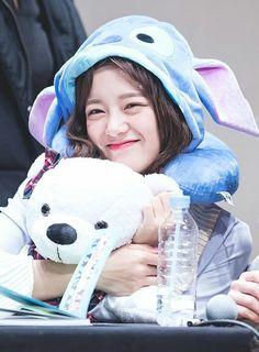Image by Mrdjay Jojoe Kim Sejeong Gugudan Kpop Girl Groups, Korean Girl Groups, Kpop Girls, Jung Chaeyeon, Choi Yoojung, Kim Sejeong, Teen Celebrities, Jellyfish Entertainment, School 2017