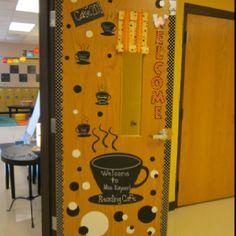 Ela Classroom, Middle School Classroom, History Classroom, Classroom Setup, Classroom Design, Future Classroom, Classroom Organization, Classroom Arrangement, Literacy Cafe