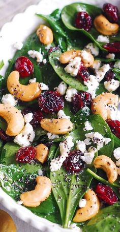 Cranberry Spinach Salad, Spinach Salad Recipes, Cranberry Cheese, Healthy Salad Recipes, Vegetarian Recipes, Cooking Recipes, Spinach Salad With Cranberries, Spinach And Goat Cheese Salad, Beet Salad