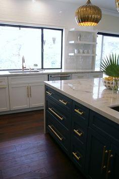 White Shaker Kitchen Cabinets Gold Pulls