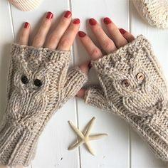 Christmas Knitting Patterns, Knitting Patterns Free, Crochet Patterns, Pink Gloves, Fingerless Mitts, Plymouth Yarn, Cascade Yarn, Arm Knitting, Knitting Needles